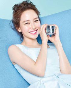 Song Ji Hyo for Banila Co.
