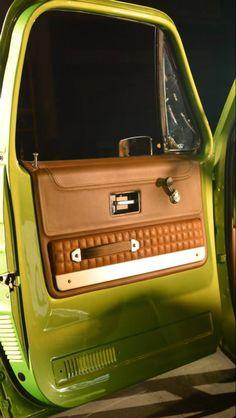 C10 Gas Monkey Garage