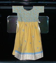 A kitchen towel dress that stays put!