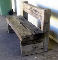 sleeper seat in 2020 Timber Furniture, Diy Outdoor Furniture, Pallet Furniture, Furniture Projects, Rustic Furniture, Rustic Bench, Rustic Wood, Barn Wood Projects, Diy Holz