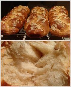Τσουρέκια αφράτα και κορδωνάτα για μέρες!-evicita.gr Bread Cake, Hot Dog Buns, Baked Potato, Bakery, Food And Drink, Easter, Cookies, Ethnic Recipes, Sweet