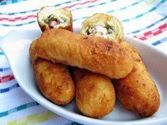 Töltött pirog-pirozski krumplis tésztából olajban sütve Weekly Menu, Meat Recipes, Baked Potato, Curry, Potatoes, Favorite Recipes, Meals, Vegetables, Ethnic Recipes