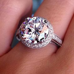 2+carat+round+brilliant+halo
