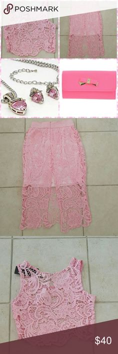 Precious Pink Floral Skirt Set Knitted Crop and Skirt 100% Polyester (Small 2-4) These is spot on the back of the skirt as shown in the picture... Moxeay Skirts Skirt Sets