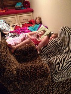 Me, Avery,laynie,& Addison Brooks's cousin