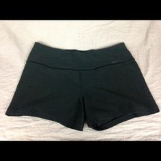 Nike shorts Nike athletic shorts! They're super comfortable and are a size large. Nike Shorts