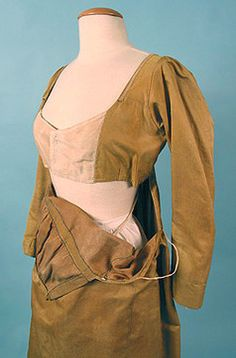 Inside. Drop-front Gown c. 1810. I wonder what the purpose of this construction was? A built in bra maybe?