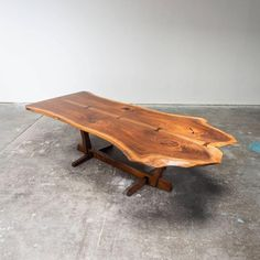 George Nakashima Conoid Dining Table and Ten Conoid Chairs 2