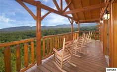 Sevierville, TN  Upscale Luxury Log Home - enjoy BREATHTAKING VIEWS from every window & 3 decks! This Beautifully crafted home features the BEST of th...