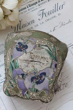 French Antique Powder case