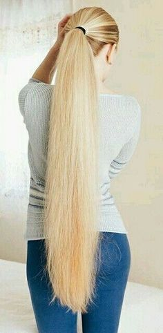Long Hair Ponytail, Ponytail Hairstyles, Cool Hairstyles, Loose Waves Hair, Soft Hair, Beautiful Long Hair, Gorgeous Hair, Perfect Blonde Hair, Long Hair Models