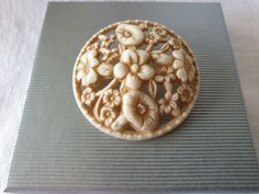 Celluloid Plastic Jewelry, Apple Pie, Desserts, Collection, Food, Tailgate Desserts, Deserts, Essen, Postres