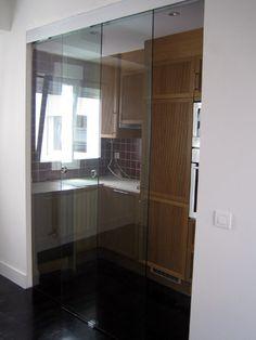 ejemplo de montaje de herrajes y accesorios de puerta de corredera