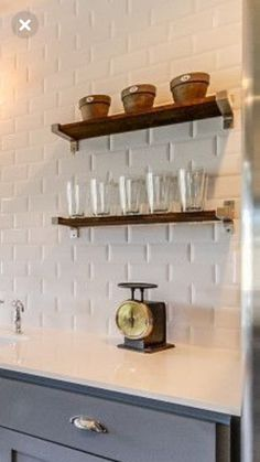 Kitchen Inspiration, Country Kitchen, Floating Shelves, Home Decor, Decoration Home, Room Decor, Country Kitchens, Wall Mounted Shelves, Interior Design