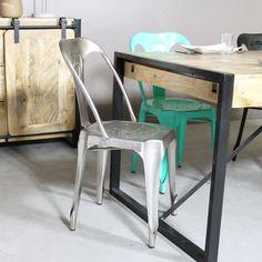 chaise industrielle métal gris