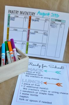 Free printables - Pantry organization and teaching the kids how to make their own lunches! Perfect for back to school. Household Organization, Pantry Organization, Planner Organization, Pantry Inventory, Organizing Tips, Home Management Binder, Family Organizer, Printable Planner, Free Printables