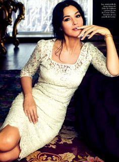 #Dolce&Gabbana #Bridesmaids #BridesmaidsInspiration #BridesmaidsDresses #MonicaBellucci #white #lace
