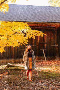 New England Fashion | The Coastal Confidence, fall, fall style, new england fall, maine fall, connecticut fall, massachusetts fall, fall in new england, leaf peeping, vermont fall, new hampshire fall, nantucket fall, cape cod fall, autum, fall home decor, autum decor, fall activities, fall date night, fall apple cider, apple cider mill New England Fall, New England Style, Maine In The Fall, Holiday Weather, Autumn Home, Autumn Fall, New England Fashion, Fall Dates, Black Headband