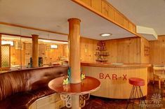 This house came onto the market in a north Seattle neighborhood and is a #vintage lovers dream home for sure. That kitchen! That bathroom! That basement bar! Definitely worth the click through to the page.