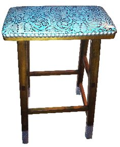 Cowgirl barstool w turquoise tooled leather Cowhide Furniture, Log Cabin Furniture, Western Furniture, Furniture Design, Turquoise Bar Stools, Architecture Design, Southwestern Home Decor, Log Home Interiors, Bar Seating