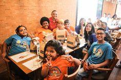 Bom pra Cabeça & Rádio Clube da Boa Música - PostsMadero convida 550 crianças e adolescentes para comemorarem seu aniversário de 12 anos