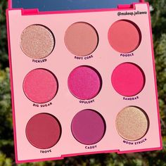 Make Up Kits, Make Up Palette, Pink Makeup, Cute Makeup, Beauty Makeup, Makeup Geek, Colourpop Cosmetics, Makeup Cosmetics, Pink Eyeshadow Palette