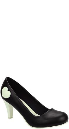 Upgrade your basic black pumps with the vintage-inspired Heart Anti Pop Heel in Black and Cream! #BlameBetty #retrostyle