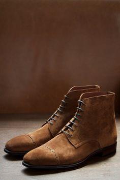 80229 Quarter brogue Cap Boots Armoury Last Ante Suede Cuero Sock Shoes, Men's Shoes, Shoe Boots, Dress Shoes, Rachel Zoe, Moda Formal, Gentleman Shoes, Mens Fashion Shoes, Men's Fashion