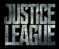 ATUALIZADO em 12/08/2016 com nova foto de bastidores divulgada pelo diretor Zack Snyder, mostrando Jason Momoa (Aquaman) tocando guitarra, e uma nova versão do logotipo do filme: