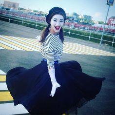 "mimicrea on Instagram: ""Ну, полетели! На #кк2017 #confederationscuprussia2017 #мимим c #аурумшоу #мим #пантомима на стадионе #открытиеарена #mimes #pantomime on…"" Mime Halloween Costume, Fashion, Clowns, Moda, Fashion Styles, Fashion Illustrations"