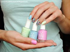 Confessions of a Polishaholic: pastels - Zero Time