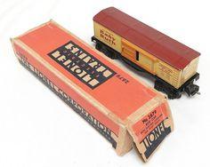 """Lionel Train 2679 """"Curtiss Baby Ruth Boxcar"""" ....Tinplate Litho Prewar 0-27.  Lionel boxcar train 1111"""