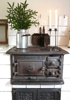 charming vintage stove built-in