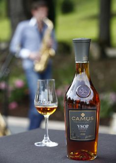 Summer is appreciated around a soft and elegant melody. #cognac #alcool #drink
