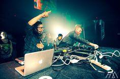 Escucha a Sonny Moore (Skrillex), DJ de electro house/dubstep proveniente de Los Ángeles, California. #PLAY MUSIC