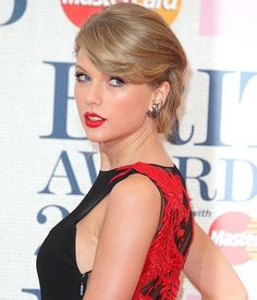 Taylor Swift's Brit Awards Updo is giving us short hairstyle envy