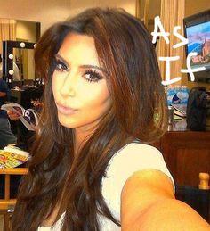 kardashian__oPt.jpg 450×495 pixels