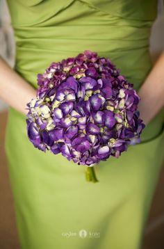 Hydrangeas  |  Purple bouquet  |  Purple and green weddings  |  Aislinn Kate Photography