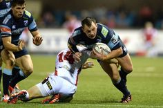 Former Wales hooker Matthew Rees re-signs for the Cardiff Blues Rugby News, Wales Rugby, Cardiff, Blues, Running, Sports, Racing, Hs Sports, Keep Running