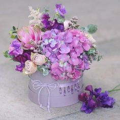 Trendy Ideas For Birthday Flowers Bouquet Beautiful Roses Floral Arrangements Amazing Flowers, Beautiful Roses, Purple Flowers, Beautiful Flowers, Flowers Roses Bouquet, Rose Bouquet, Flower Box Gift, Flower Boxes, Gift Flowers