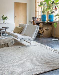 Brittany Cream Rug, luxury modern flat-woven designer carpet (wool & viscose, handmade) http://www.therugswarehouse.co.uk/modern-rugs3/helsinki-rugs/brittany-cream-rug.html #rugs #neutralinteriors