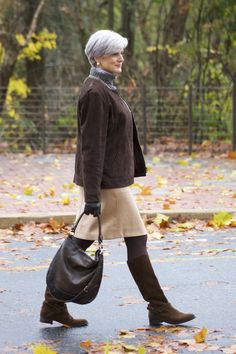 The Best Fashion Ideas For Women Over 60 - Fashion Trends Fall Fashion Trends, 50 Fashion, Winter Fashion, Fashion Outfits, Preppy Fashion, Outfits 2016, Older Women Fashion, Cheap Fashion, Work Outfits