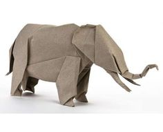 If I was an origami person I would have a zoo, a jungle and maybe a whole ecosystem on my book shelves! 11 Animal Origami Finds #DIY trendhunter.com