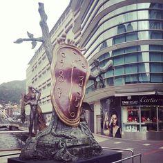 """Salvador Dalí """"Noblesse du temps"""" Andorra la Vella"""