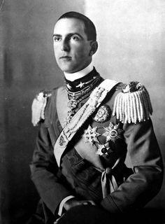 Ritratto ufficiale di re Umberto II