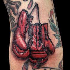boxe gloves done By paulo da butcher @ impact Custom Tattoo Portugal