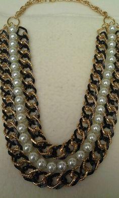 Collar en cadena y perlas