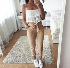 Moda femenina juvenil verano casual ideas Source by casuales juvenil verano Teen Fashion, Fashion Outfits, Womens Fashion, Ootd Fashion, Fashion Shoes, Mode Outfits, Trendy Outfits, Elegantes Outfit, Outfit Goals