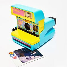 La cámara instantánea Polaroid 600 recuperada y customizada Instax Mini Camera, Instax Mini 8, Fujifilm Instax Mini, Vintage Polaroid Camera, Vintage Cameras, Polaroid Cameras, Dango Peluche, Little Live Pets, Cute Camera