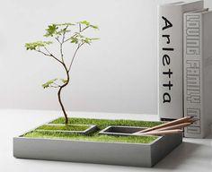 Handmade-Modern Concrete Desktop Plant Pot / Flower Pot $22